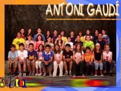 10 antoni_gaudi_2005_imagelarge